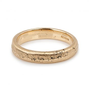 Sand cast 9ct yellow gold ring by Justin Duance